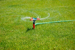 Lawn Sprinkler saves water